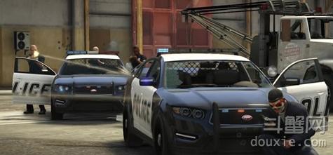 GTA5PC版序章无警察怎么办 GTA5PC版序章无警察原因解析