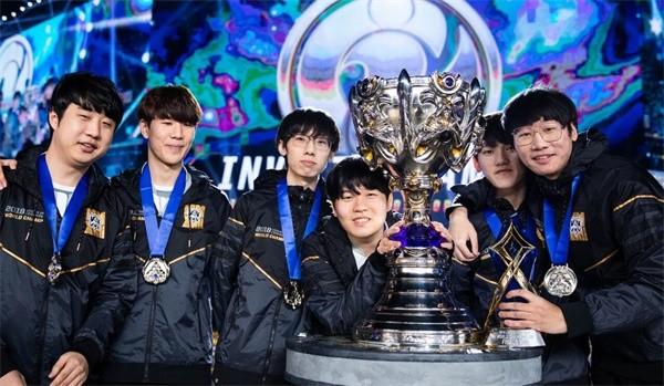 从TGA到世界冠军 Baolan书写辅助人生