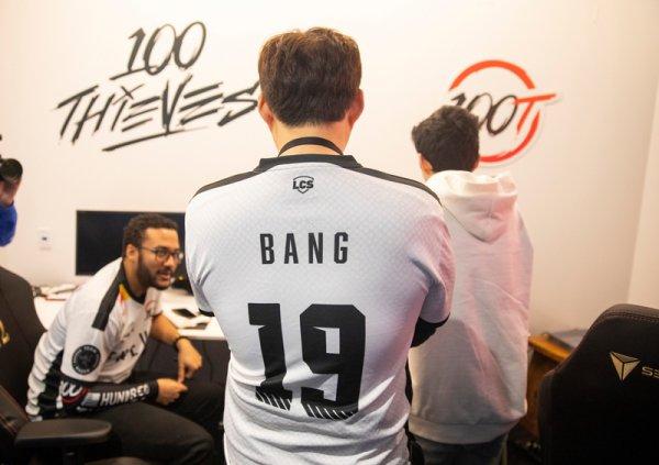 100T已无缘季后赛 上单与教练争相道歉